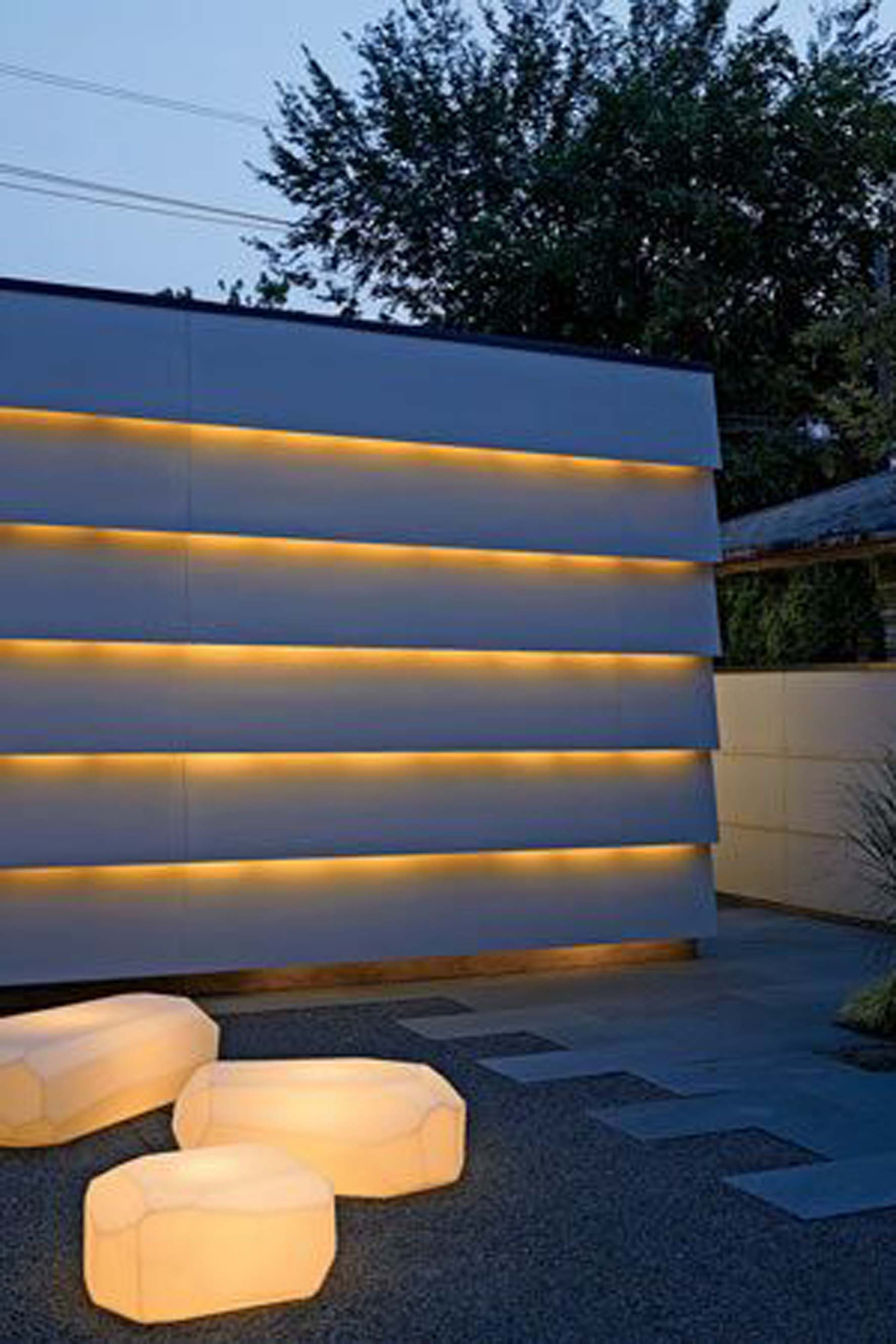 LED wall in the garden