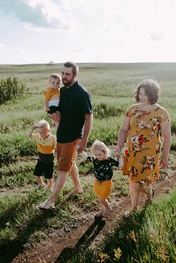 Regina Family Photos Wascana Trails
