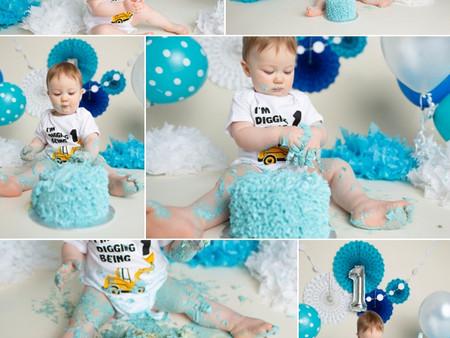 Blue Cake Smash Regina