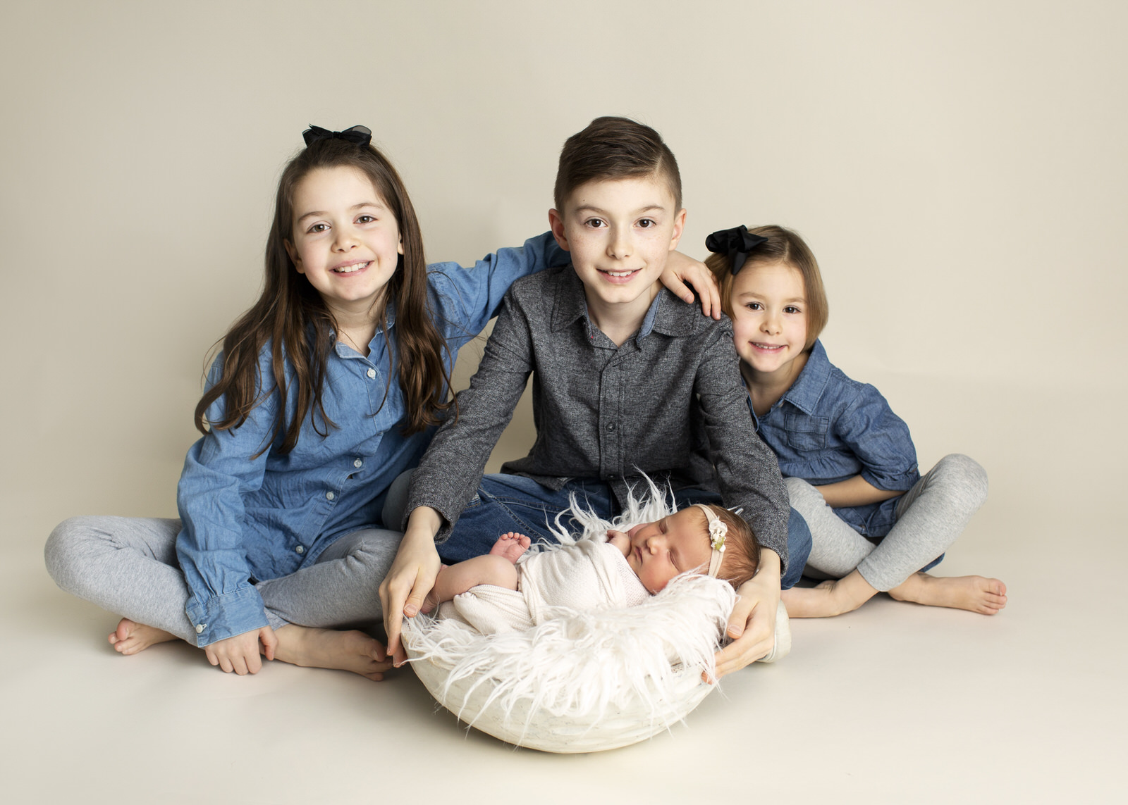 Siblings Newborn Photographer