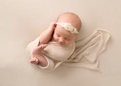 Newborn photographer Sask