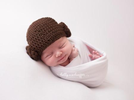Princess Leia - Newborn Photography