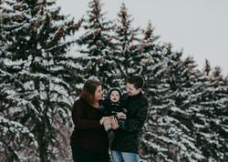 Snowy family photos Regina