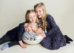 Sibling newborn photos regina