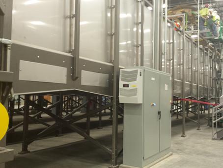 Bulk Storage Bin with Live Bottom