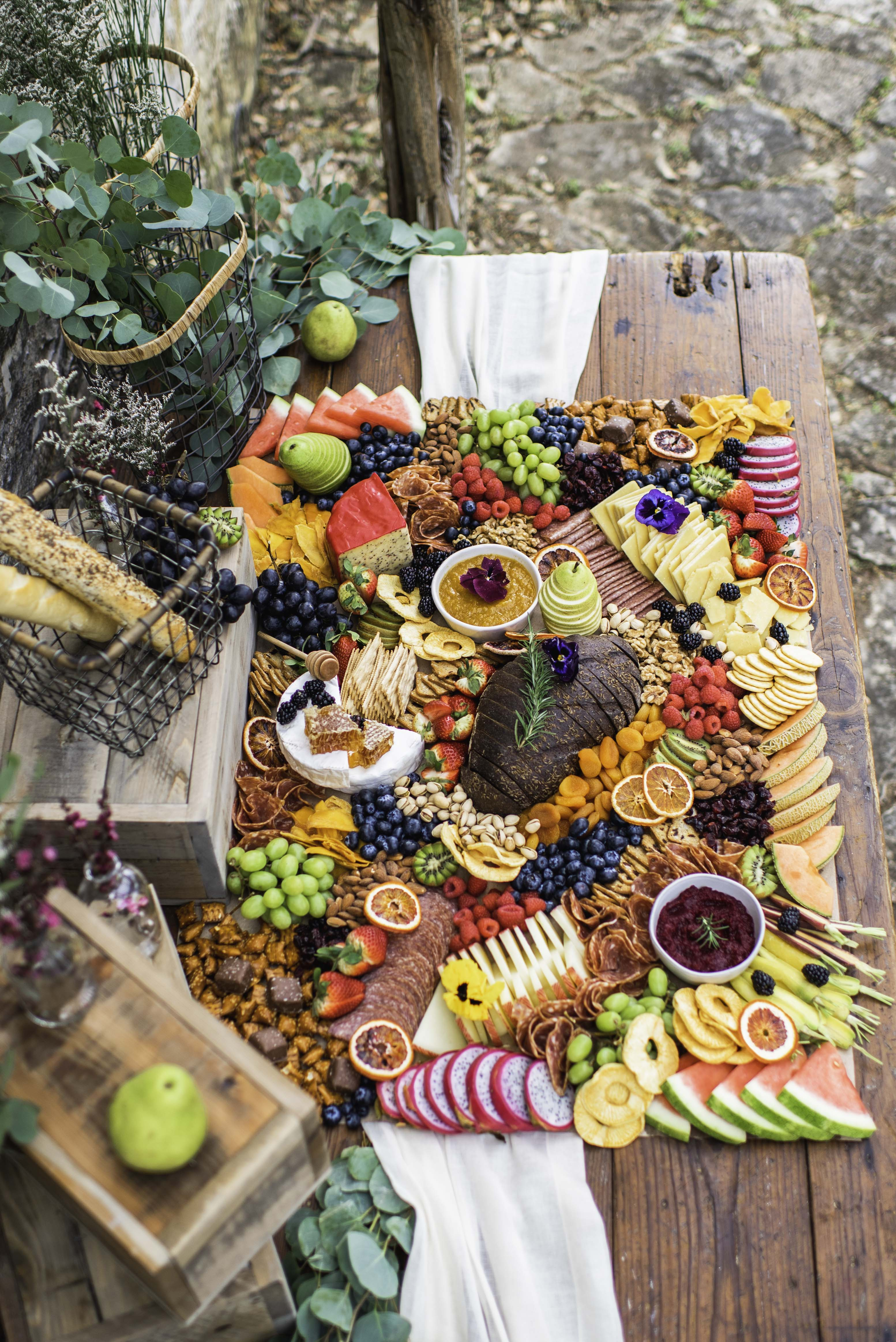 40 people grazing table