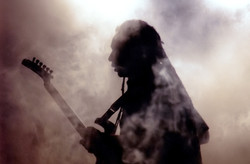 Mystick Guitar-player