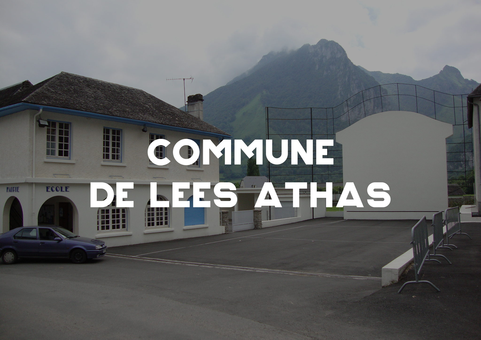 Lées Athas
