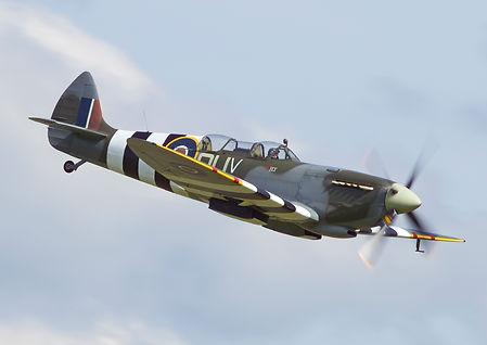 Spitfire IX Pic - 1.jpg