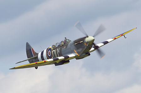 Spitfire IX Pic - 2.jpg