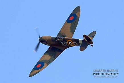 Spitfire 1a P7308 Pic - 1.jpg