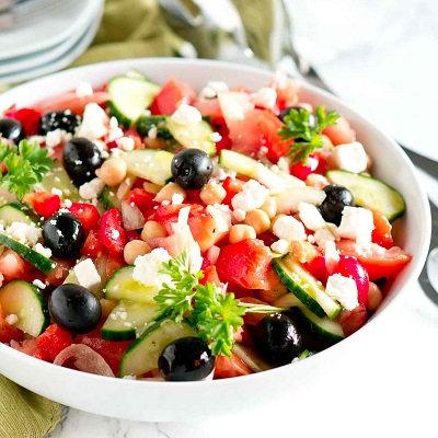 Greek lamb & feta salad with polenta chips
