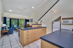 2 Bedroom - Kitchen/Lounge