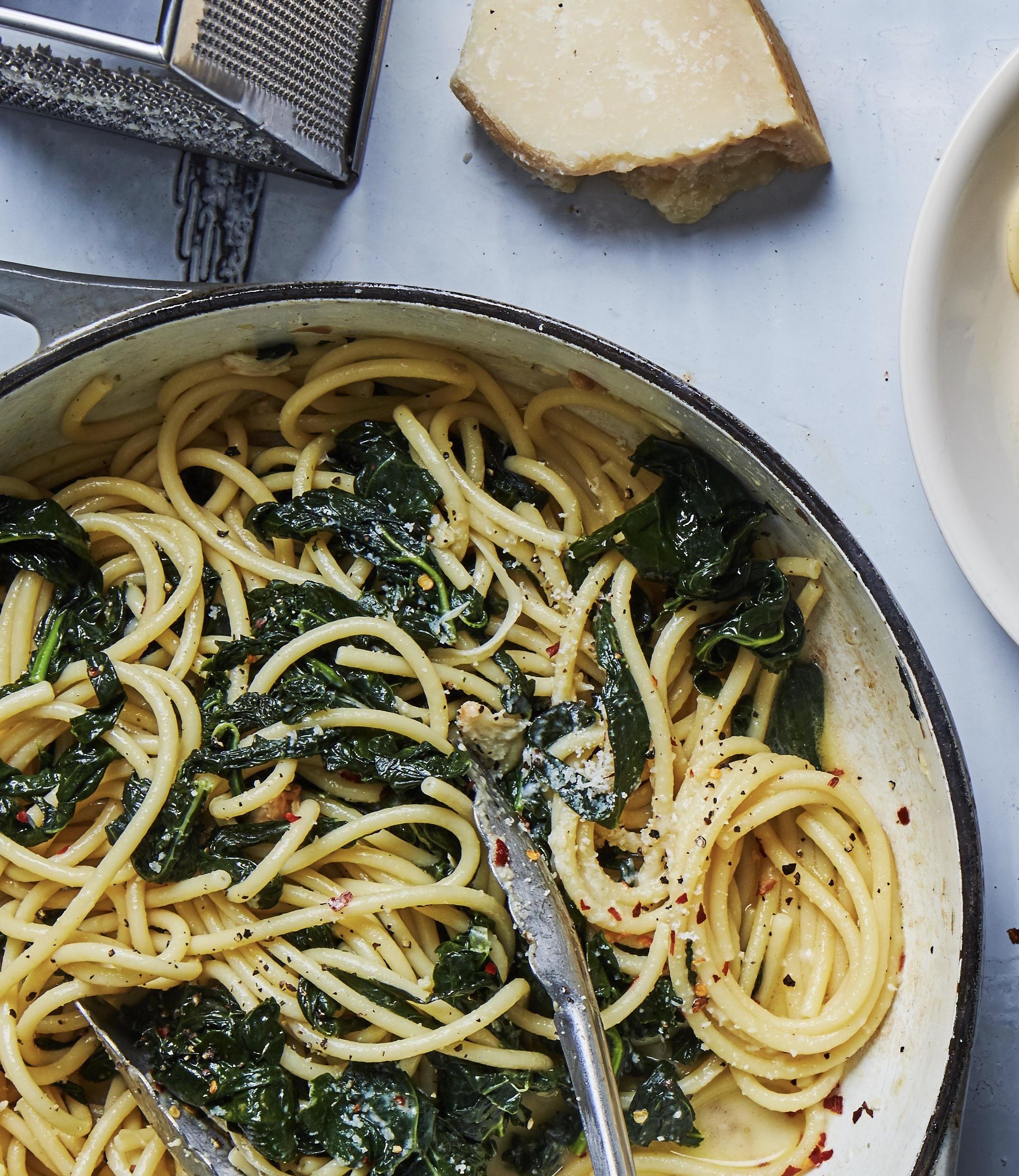 spaghetti, chou frisé