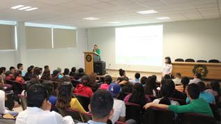 Imparten conferencia sobre potencial turístico en las cuencas del sur a estudiantes de la UTEsc