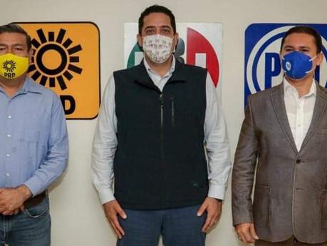En Sinaloa, formalizan ante el IEES alianza PRI-PAN-PRD