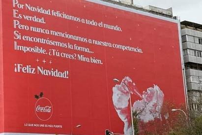 Coca Cola y Pepsi se felicitan por navidad ¿quien lo hizo mejor?
