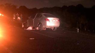 Un hombre muerto y una mujer lesionada, saldo de choque entre auto y cuatrimoto