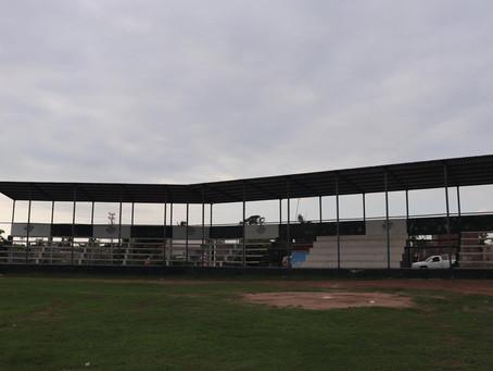 Invertirán más de medio millón de pesos en alumbrado de estadio de béisbol de Teacapán