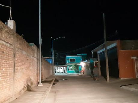 Están a oscuras en el callejón Vicente Guerrero, vecinos temen por su seguridad