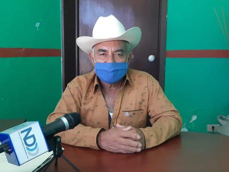Ganaderos de Rosario avanzan en programa de areteo de ganado: Servando Rendón
