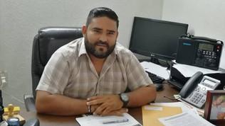 Funcionarios de Escuinapa tienen que 'checar' entradas y salidas como control interno: Secretario