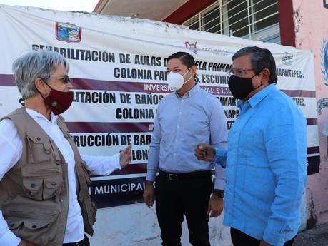 """Entrega de becas """"Jóvenes Construyendo el Futuro"""" en cabecera municipal"""