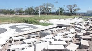 Anuncian acciones de rehabilitación para espacios deportivos que fueron dañados por Willa