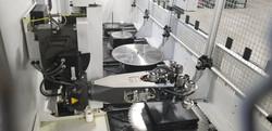CNC Robot Saw Grinder arm Pickup