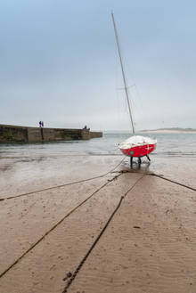 Stranded at Beadnell (Ref:  1241)