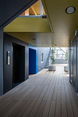 TSURU-1 Rooftop Floor
