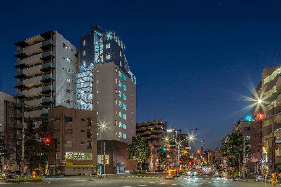 TSURU-1 BUILDINGg