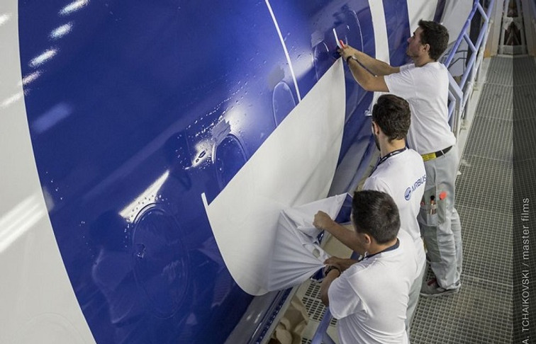 Airbus' Toulouse Paint Centre: Visual and Creative Art in