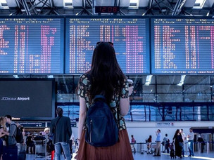 How to Travel Hassle-Free During Christmas and New Year