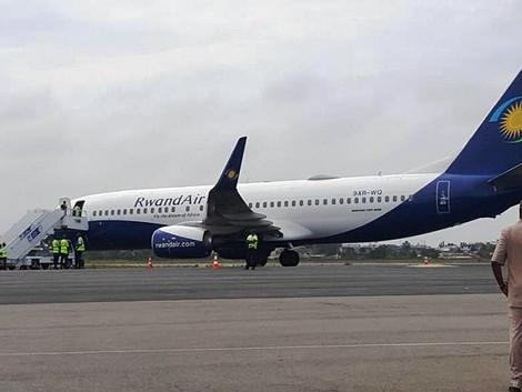 RwandAir's Inaugural Flight Touches Down in Douala