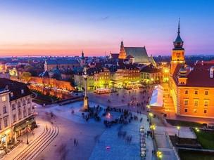 Emirates Set to Resume Passenger Flights to Warsaw