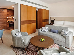 IHG Hotels Opens First Staybridge Suites in Dubai