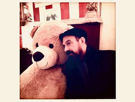 NEWS: Jim Sclavunos (of Nick Cave & The Bad Seeds) Shares Debut Track 'Holiday Song'