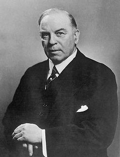William_Lyon_Mackenzie_King_1942.jpg