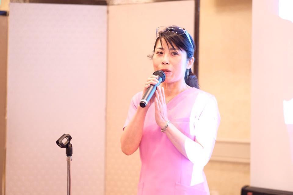 日本快眠協会5周年記念イベントで与田おねむり先生のスピーチ