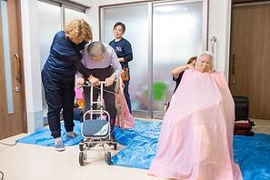 福祉訪問美容開業サポート、滋賀県、きれやプラスワン。福祉美容師が在宅訪問します。