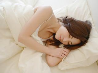 """「37歳からのゆる美活動:睡眠不足は美容の大敵のウソとホント」""""ママサポしが""""に掲載されました"""