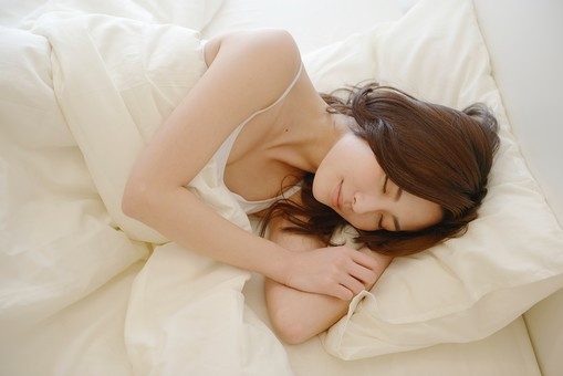 美容と睡眠の関係についてインタビューを受けました。