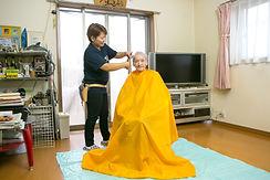 福祉美容師、福祉訪問美容開業サポート、滋賀県、きれやプラスワン。福祉美容師が在宅訪問します。