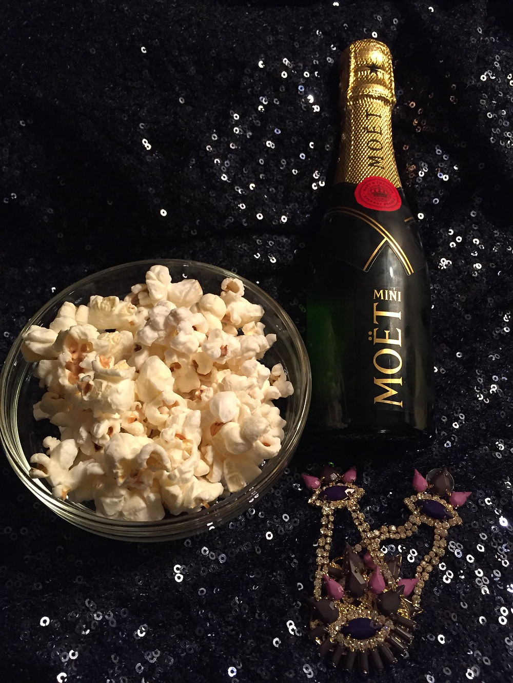 Buttered popcorn and champagne wine pairing