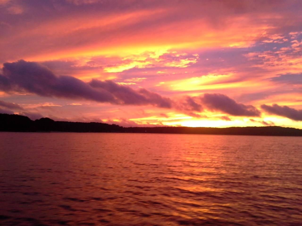 Sunset on Lake Allatoona