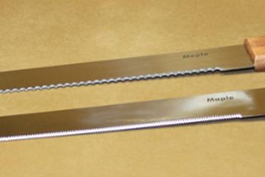Нож кондитерский с узкими зубчиками 36см