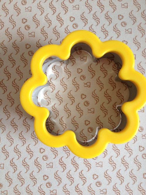 """Высечка для печенья """"Цветок"""", метал."""
