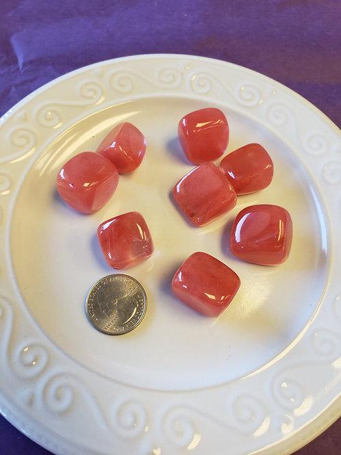 Cherry quartz, tumbled 1 piece