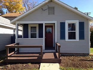 2 - Two bedroom cottages, sleeps six (6) people  1 - Studio, sleeps Two (2)  Large yard, AC, Kitchenette